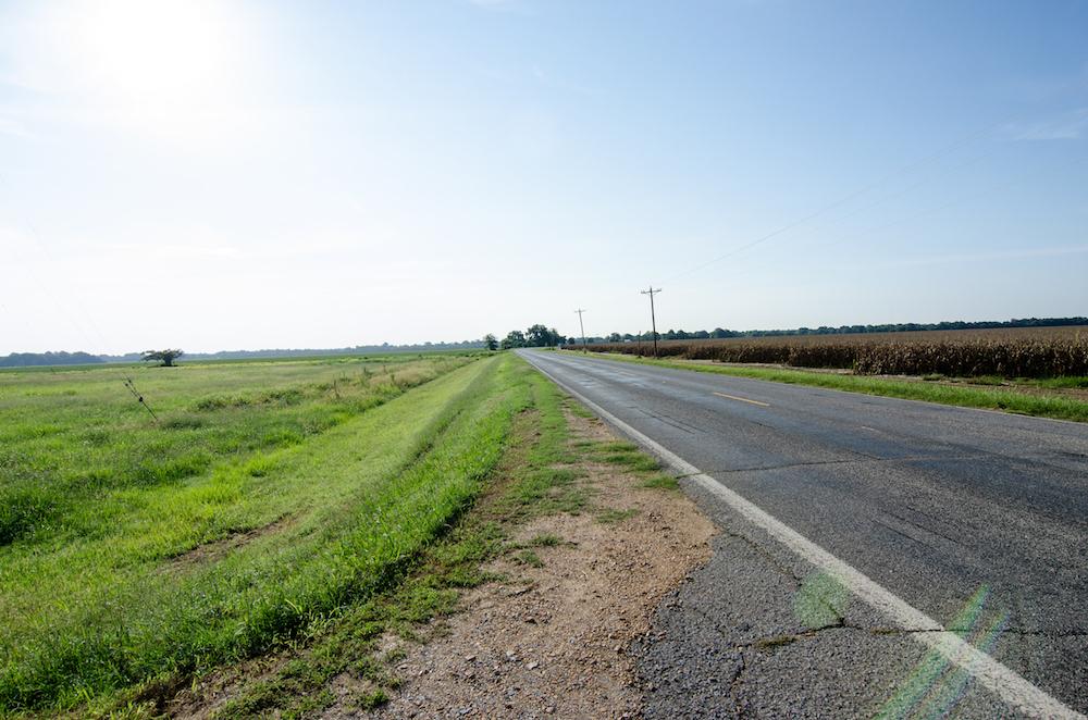 highway-82-mississippi-delta-vacation-driving-roadtrip-jenny-adams-buddha-drinks-fanta