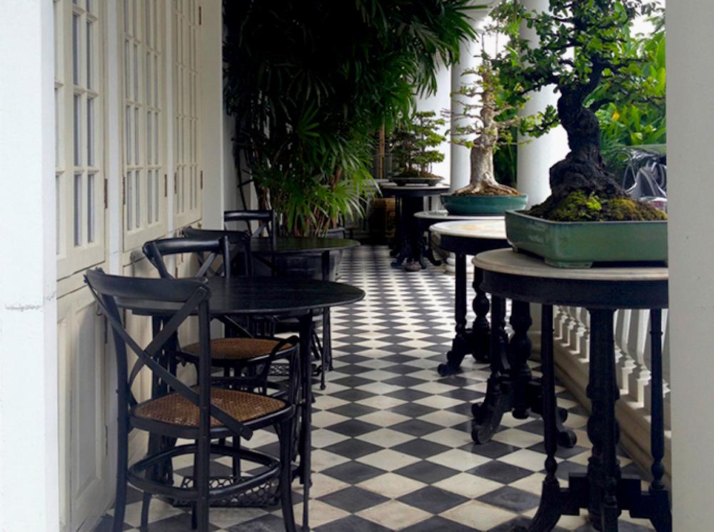 cabachon_bangkok_terrace