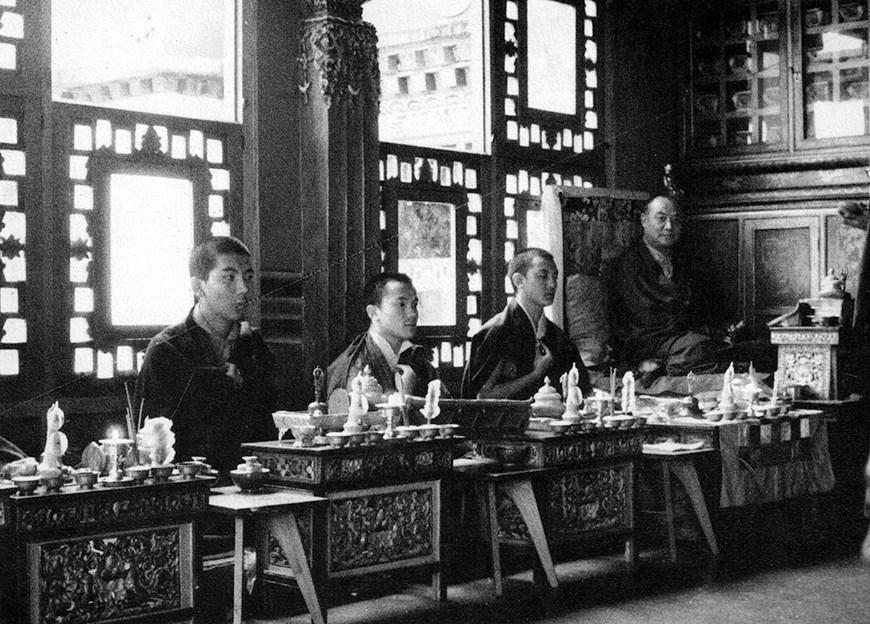 Keeping the Dalai Lama Waiting & Other Stories by Lama Shenpen Hookham