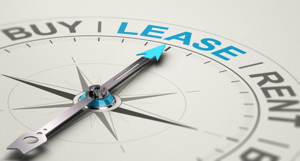 sa_1626087858_renting-car-vs-leasing-car