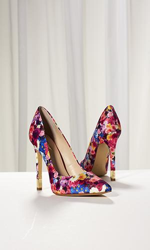 Guess Shoe - $99