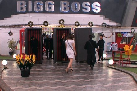 Later the housemates realize that she has been evicted from the house and the announcement by Bigg Boss confirms it.