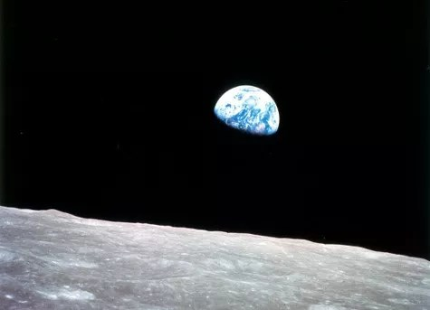 Earthrise - Photo of Earth taken from Moon