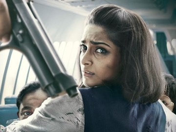 Neerja Review in Five Tweets!