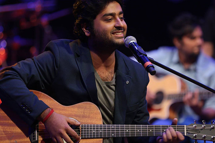Arijit Singh apologizes to Salman Khan through Social Media