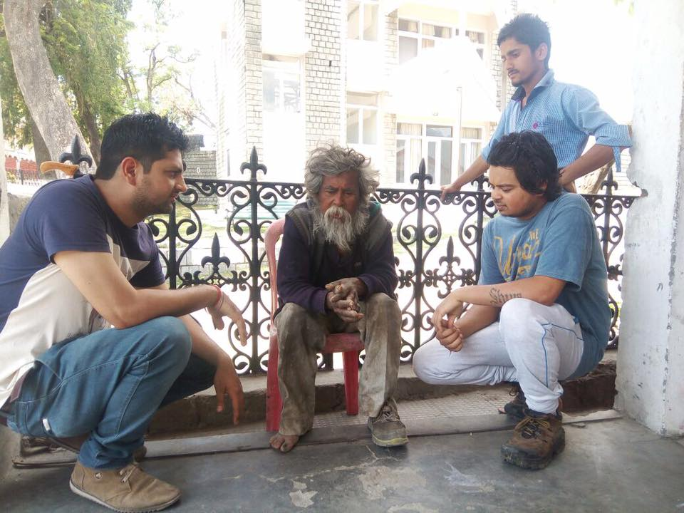 How this youth transformed life of a beggar is inspiring! 3