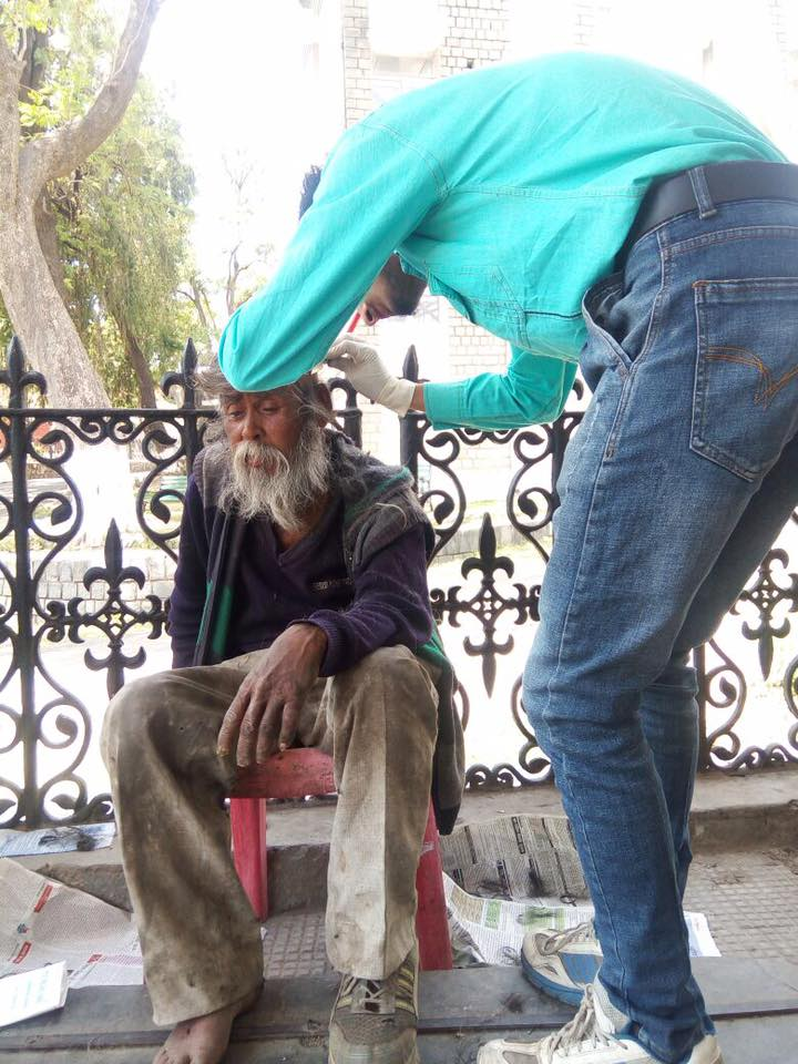 How this youth transformed life of a beggar is inspiring! 4