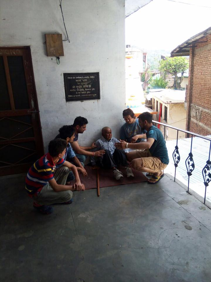 How this youth transformed life of a beggar is inspiring! 8