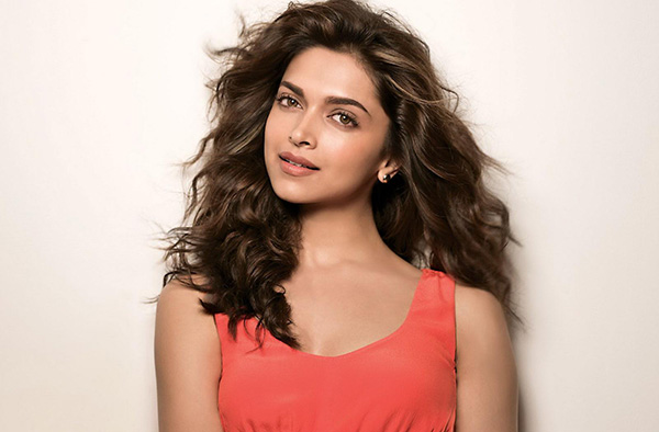 Deepika Padukone 10 Famous Personalities who are Introverts