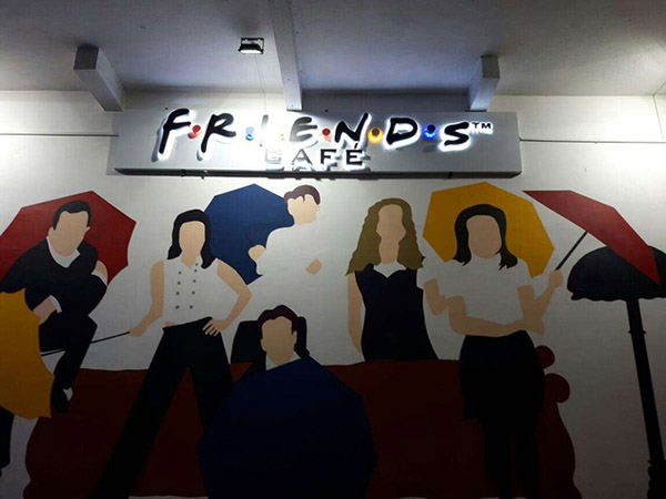 Mural FRIENDS themed Cafe opened in Kolkata!