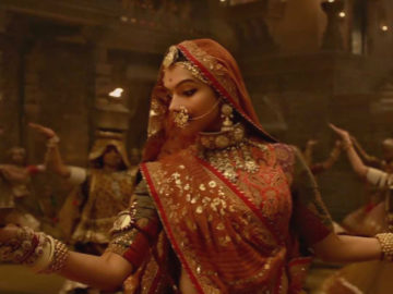 New Version Of 'Ghoomar' Song Is Released And You Won't Be Able To Identify The Change!