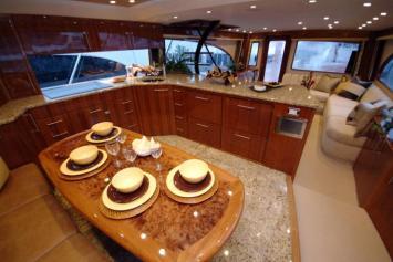 Davis-70-Yacht087-wpcf_739x495