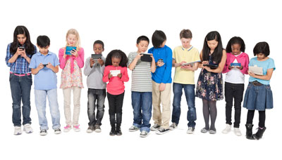 kids-group-on-phones (1)