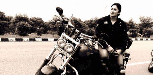 veenu-biker-17
