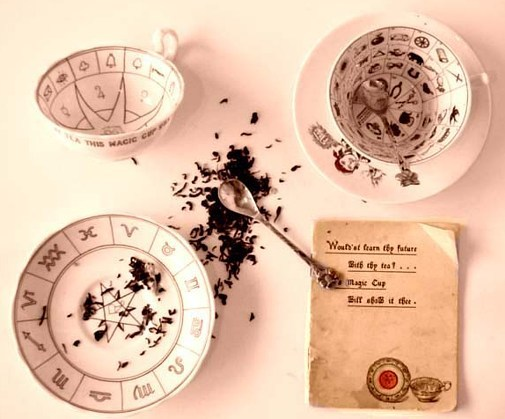 Tasseography – The art of tea cup reading for beginners