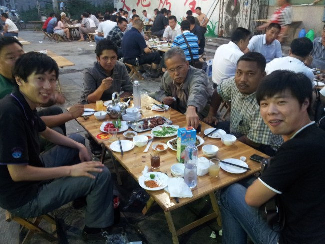 NIK AND FRIENDS ENJOYING THE STREET FOOD 2