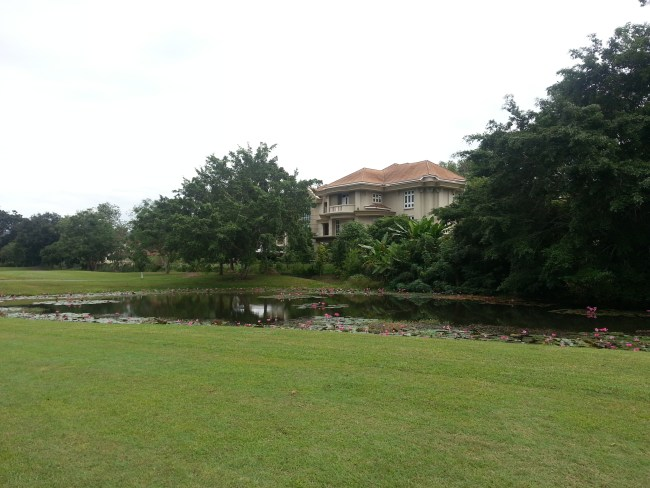 LARGE BUNGALOW ALONG PAR 5 FAIRWAY