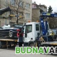 Полагат маркировка в центъра на Варна. Вдигат коли