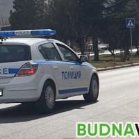 Шофьор блъсна жена с 6-годишно дете във Варна и избяга