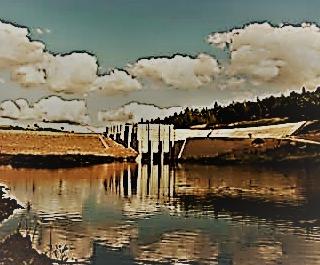 Zbiornik zaporowy Wióry powstał po spiętrzeniu rzeki Świśliny zaporą zlokalizowaną w 8,6 km biegu rzeki. Użytkowanie obiektu rozpoczęto w 2008 roku.