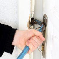 7 sposobów na zabezpieczenie domu przed złodziejem