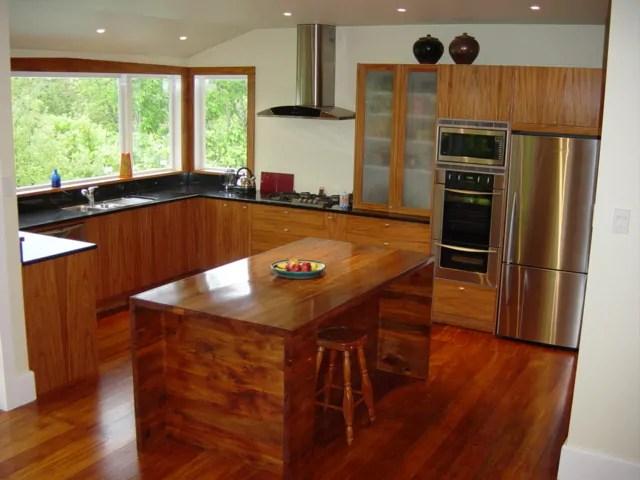 BudujeUrzadzampl  nowoczesna kuchnia z drewna egzotycznego
