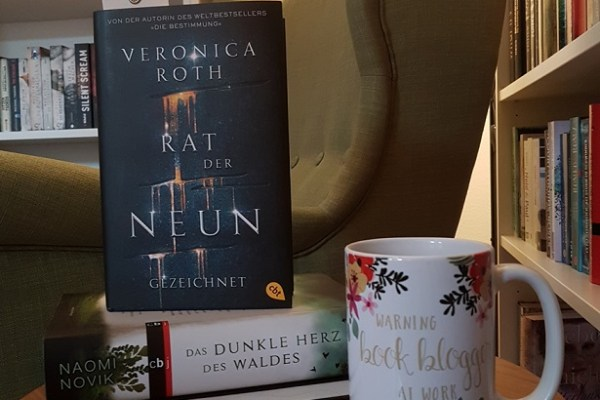 Rezension – Rat der Neun – Veronica Roth