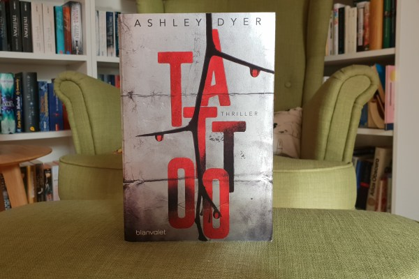 Tattoo – Ashley Dyer – Rezension