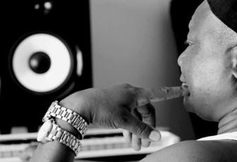 DJ Steve feat. Uhuru - Mmanthatile (Afro House) 2017