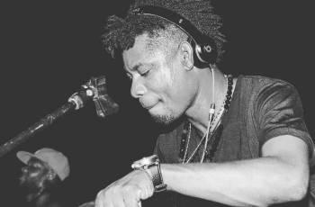 DJ Ketchup feat. Masta - Chupa Na Minha Piroca