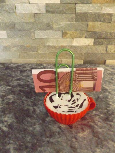 Cupcakes mit Klammer Überraschung