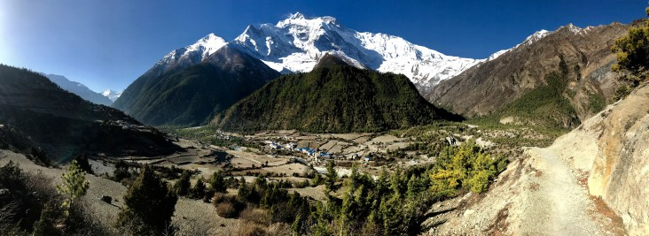 Trail from Pisang to Ghayaru - Annapurna II