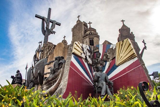 Cebu aux philippinesHommage à Magellan