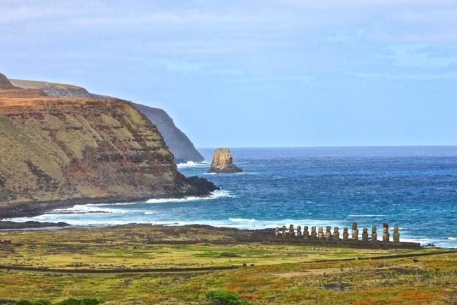 vue sur Ahu Tongariki visiter l'île de pâques