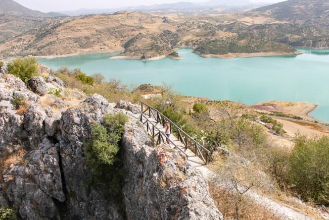 lac Donjon Zahara de la Sierra andalousie espagne