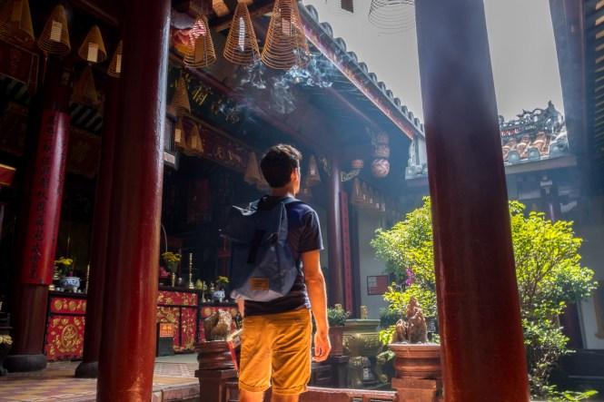 INTERIEUR Temple de Quan Cong VISTER Hoi An vietnam