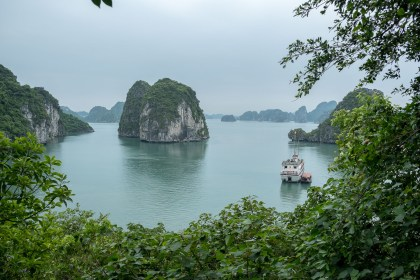 Grotte de Thien Canh Son bai tu long vietnam