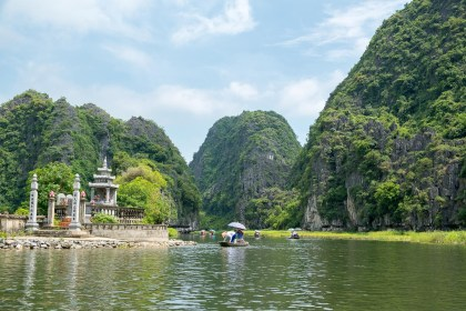 pagode baie d'halong terrestre tam coc
