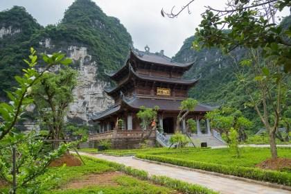 pagode trang An baie d'halong terrestre tam coc