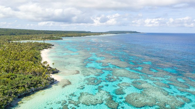 Photo-lifou-baie-de-wadra-drone