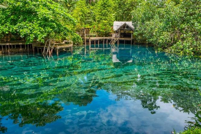 Nanda-Blue-Hole-Vanuatu