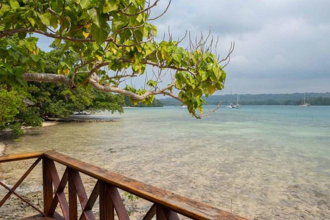 Oyster-Island-resort-espiritu-santo-vanuatu
