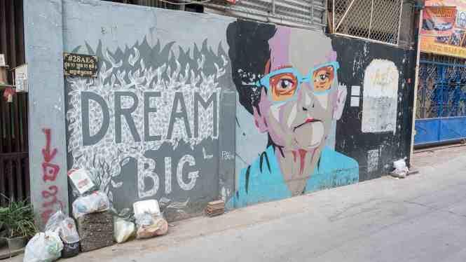 Street-Art-Phnom-Penh-big-dream
