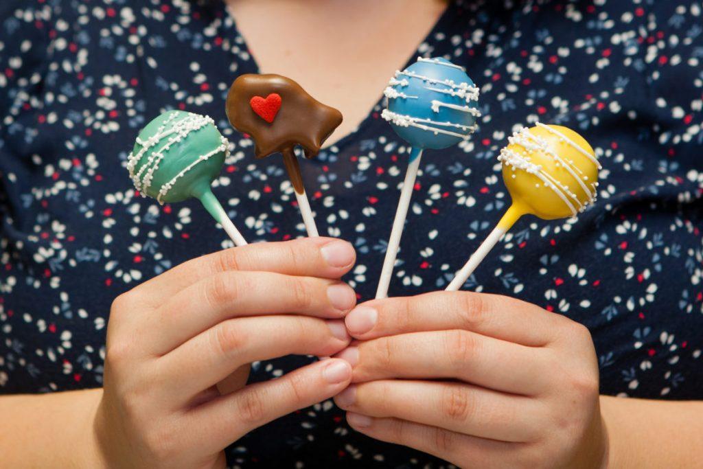 Awe Inspiring Home Buffalo Cake Pops Funny Birthday Cards Online Necthendildamsfinfo