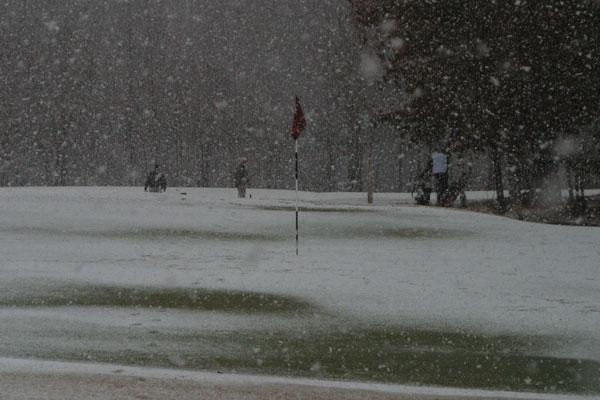 January: Snow Golf