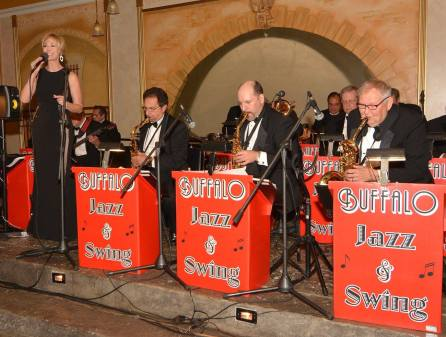 Gallery-Buffalo-Jazz-and-Swing-Band-Buffalo-NY-Weddings-06