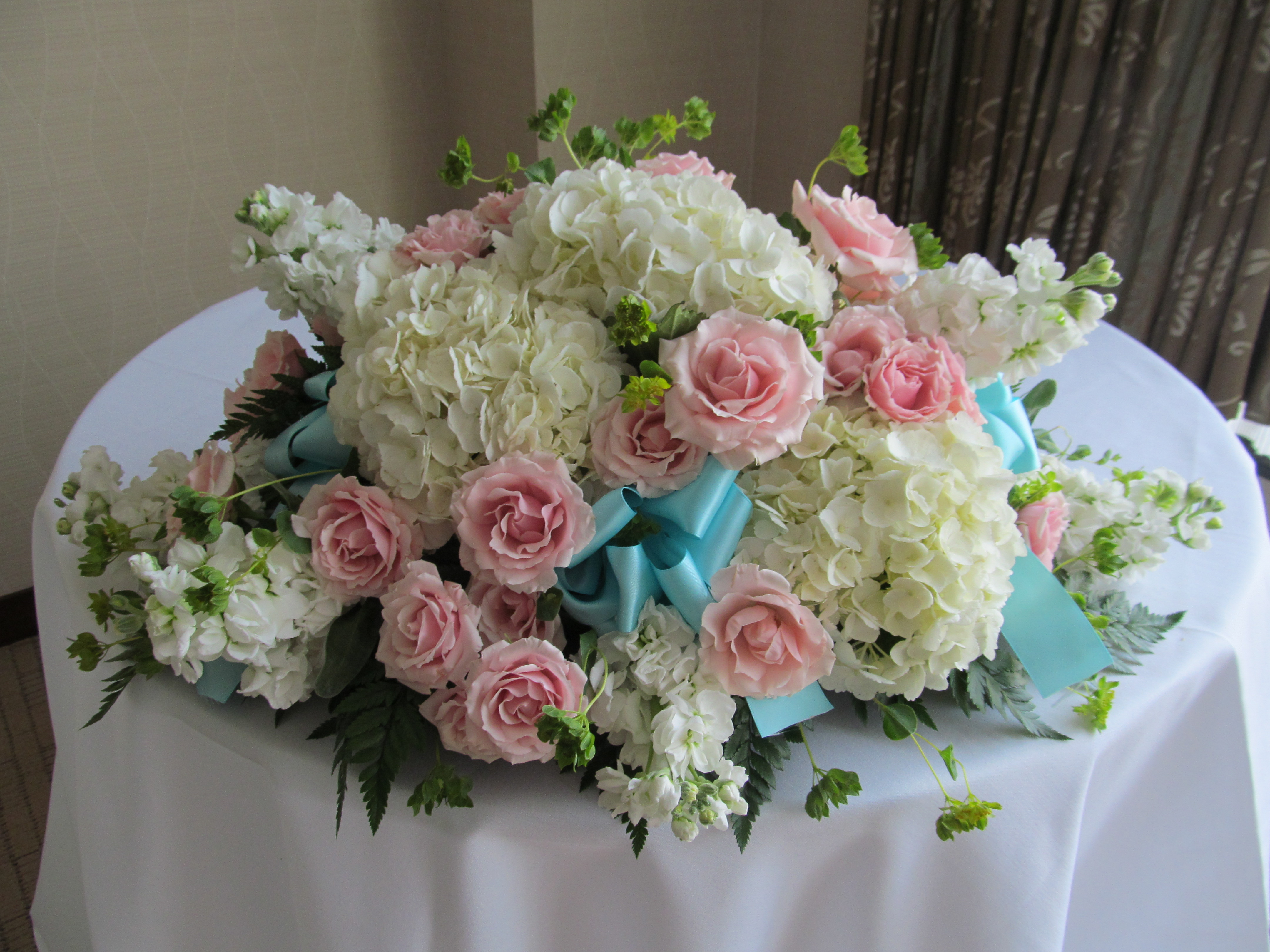 Tiffany Blue Wedding Flowers At Embassy Suites In Downtown