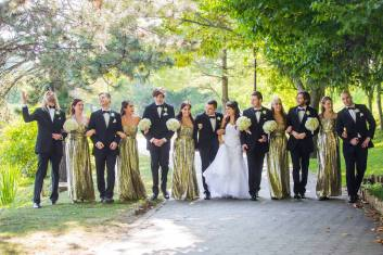 Buffalo Wedding Bridal Bouquet by Lipinoga Florist (12)