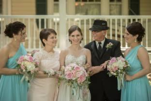 Buffalo Wedding Bridal Bouquet by Lipinoga Florist (14)