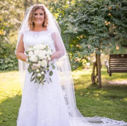 Buffalo Wedding Bridal Bouquet by Lipinoga Florist (2)